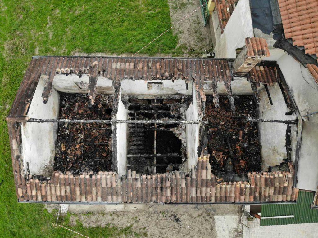 Incendio abitazione causa elettrica 2